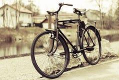 retro cykel Royaltyfria Bilder