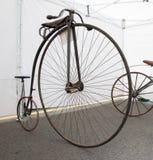Retro cyklar Royaltyfria Bilder