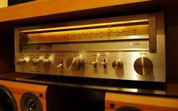Retro d'annata stereo dell'amplificatore Fotografia Stock