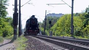 Retro- Dampflokomotive in Kiew, Ukraine, stock video