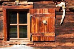 Retro- Dekorations- und Architekturdetails einer alpinen Hütte Lizenzfreies Stockbild