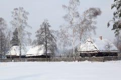 Retro dom wiejski zima Zdjęcie Royalty Free