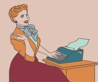 Retro donna con la macchina da scrivere Fotografie Stock Libere da Diritti