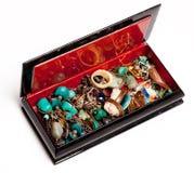 Retro doos met juwelen; Royalty-vrije Stock Afbeelding