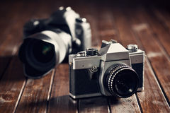 Retro and dslr camera Royalty Free Stock Photos