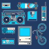 Retro elementy bicykle, telefon, komputer, dyskietka, deskorolka, joystick, boombox, kaseta, radiowego rocznika wektorowa grafika Zdjęcia Stock