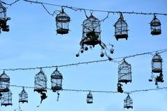Retro fågelburar, garnering royaltyfri bild