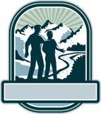 Retro faderSon Journey Mountains vapen royaltyfri illustrationer