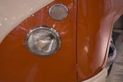 retro faro arancio dell'automobile fotografia stock libera da diritti