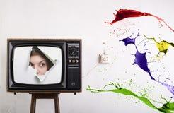 Retro- Fernsehapparat und Farbe stockfotografie