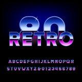 retro fonte di alfabeto degli anni 80 Lettere brillanti e numeri di effetto metallico Fotografie Stock