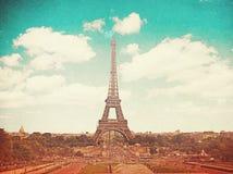 Retro foto med paris, Frankrike, tappning royaltyfri fotografi