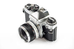 Retro- Fotokamera lokalisiert auf Weiß Lizenzfreie Stockfotografie