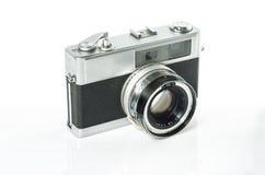 Retro- Fotokamera lokalisiert auf Weiß: Beschneidungspfad Stockfotos