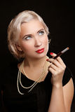 Retro Frauen-Porträt mit Zigarettenweinlesebild Lizenzfreies Stockbild