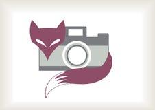 Retro- Fuchs mit Kamera Stockfotografie