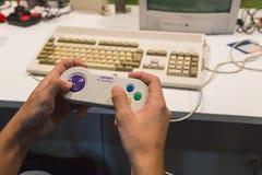 Retro- gamepad an Spiel-Woche 2014 in Mailand, Italien Stockfotografie