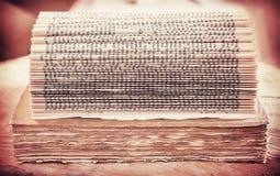 Retro gefiltreerd beeld van een open boekachtergrond Royalty-vrije Stock Foto