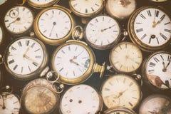 Retro gestileerd beeld van oude zakhorloges royalty-vrije stock foto's