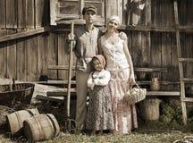 Retro gestileerd familieportret royalty-vrije stock foto's