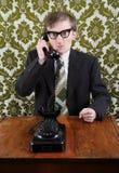 Retro gestore arrabbiato sul telefono Immagini Stock Libere da Diritti