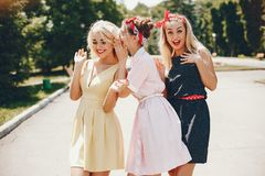 Free Retro Girls In A Park Royalty Free Stock Images - 167339529