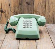 Retro groene telefoon stock afbeeldingen