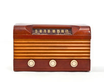 Retro- hölzerner Fall-Vakuumröhre-Radio Stockfotos