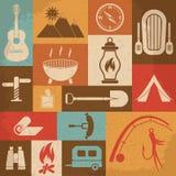 Retro icone di campeggio messe Icone di vettore Fotografia Stock Libera da Diritti