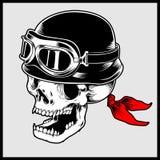 Retro illustrazione di vettore del casco d'annata d'uso capo del motociclo del cranio del motociclista illustrazione di stock