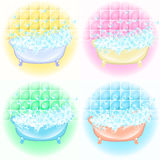 Retro interno del bagno Bolle di sapone Vasca con le bolle della schiuma dentro Illustrazione d'annata del fumetto di stile di te Fotografia Stock