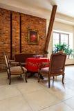 Retro interno di eleganza con mobilia antica Immagine Stock Libera da Diritti