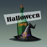 Retro invito del partito di Halloween, carta con il cappello della strega e bottiglia di vino Immagine Stock