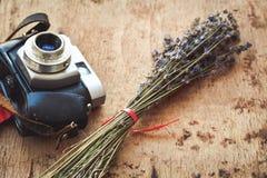 Retro Kamera lizenzfreies stockfoto
