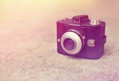 Retro kamera för tappning Fotografering för Bildbyråer