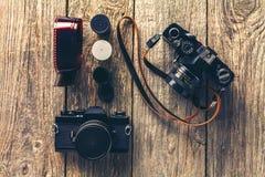 Retro- Kameras und Fotos Stockfoto