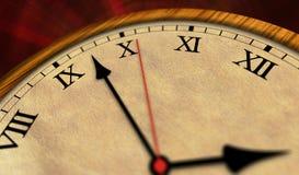 Retro kloktijd die schrijver uit de klassieke oudheid overgaan Stock Afbeeldingen