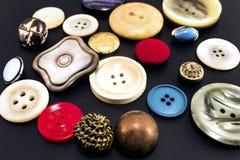 Retro knappar på en svart bakgrund Royaltyfri Fotografi