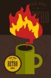 Retro kopp med brandflamman Royaltyfri Foto