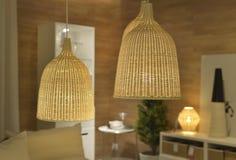 Retro lampen in een eetkamer Royalty-vrije Stock Fotografie