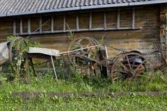Retro landbouwbedrijfhulpmiddelen royalty-vrije stock foto