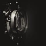 Retro lente di fotocamera grande formato con l'otturatore d'annata Fotografie Stock
