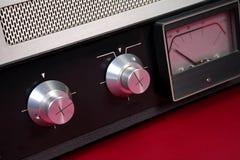 Retro ljudstyrning - arkivfoto