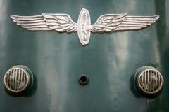 Retro lokomotivs framdel från ett drevmuseum arkivfoton