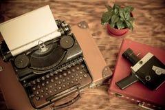 Retro macchina da scrivere immagine stock