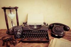 Retro macchina da scrivere immagine stock libera da diritti