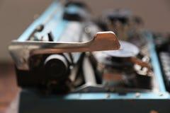 Retro macchina da scrivere vecchia immagini stock