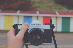 Retro macchina fotografica della pellicola Fotografie Stock Libere da Diritti