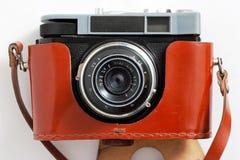 Retro macchina fotografica e caso Fotografia Stock Libera da Diritti