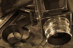 Retro macchina fotografica e film fotografie stock libere da diritti